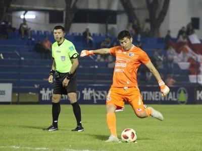 Víctor Centurión marcó un hito histórico en el fútbol paraguayo