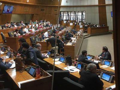 Diputados archivan juicio político a Mario Abdo y Hugo Velázquez