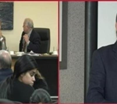 Exministro y policías van a juicio por torturas, luego de 19 años