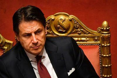Italia, sin gobierno tras renuncia del primer ministro G. Conte