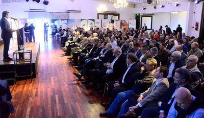 Foro de  400 líderes empresariales exige al Gobierno empezar a trabajar