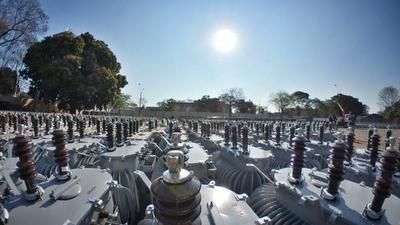 Ejecutivo entrega importante inversión a la ANDE para mejorar sistema de distribución de energía