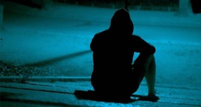 HOY / Suicidios: faltan políticas de salud mental y los medios juegan papel importante