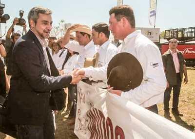 Invitan al presidente Abdo Benítez a la inauguración de la Expo Norte