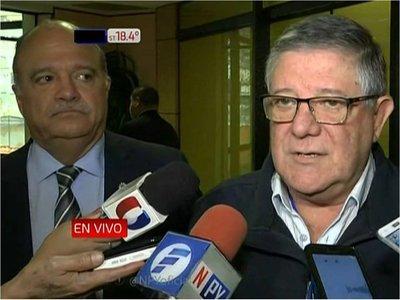 Gremios piden acciones para rever crisis económica