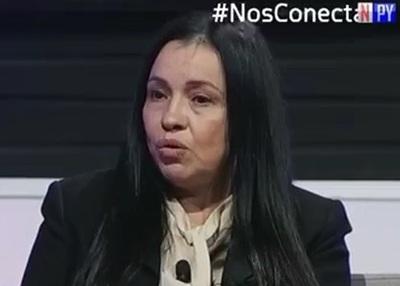 Esposa de Payo renuncia, decepcionada de intendente