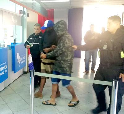 Ministerio del Interior expulsa a tres brasileños detenidos en nuestro país