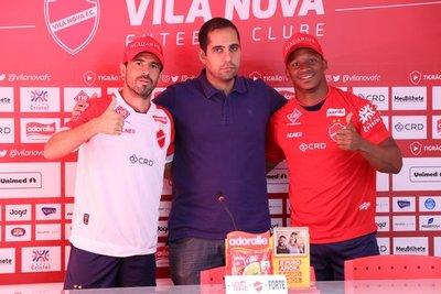 Julián Benítez migra al Vila Nova