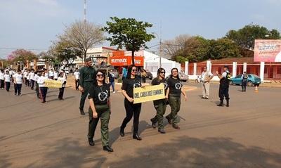 Proyecto estudiantil: Rememoran desfile de la victoria