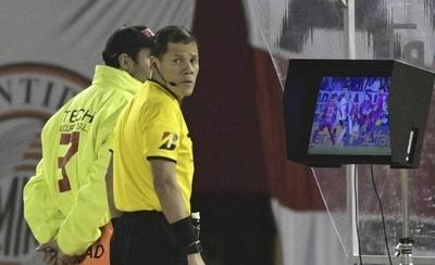 HOY / Acción polémica que derivó en el gol de River Plate