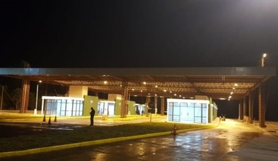Yacyretá: Paso fronterizo con horario especial y sólo para vehículos livianos
