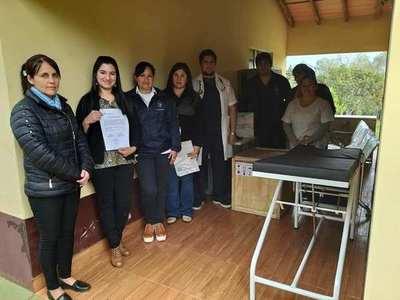 Subconsejo de Salud de Tambory recibe equipamientos por parte de la Eby