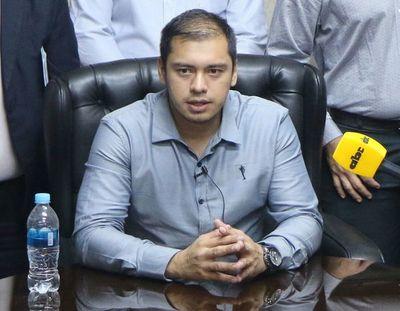 CDE: intendente afirma que son 3 meses de gestión sin desvío de dinero
