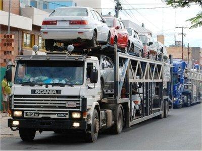 Paraguay plantea excluir la restricción de autos usados