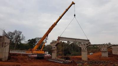 Corredor de exportación: se inició montaje del futuro puente que conectará Itapúa y Alto Paraná