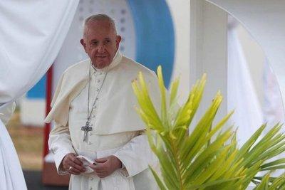 """El papa Francisco se mostró preocupado por los incendios en el Amazonas: """"Ese pulmón forestal es vital para nuestro planeta"""""""