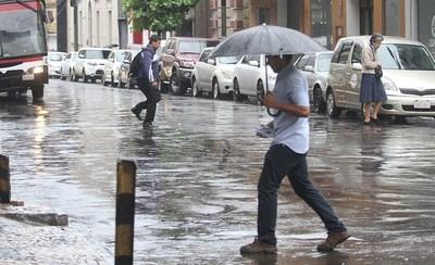Anuncian lluvias ocasiones y tormentas eléctricas para este lunes
