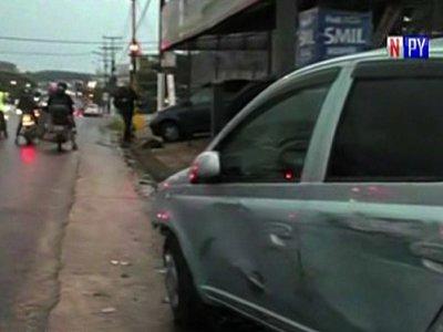 Intentan robar vehículos de una playa de Ñemby