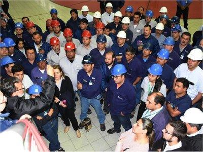 Argentina no permite que Paraguay adecue línea de 500 kV en Yacyretá