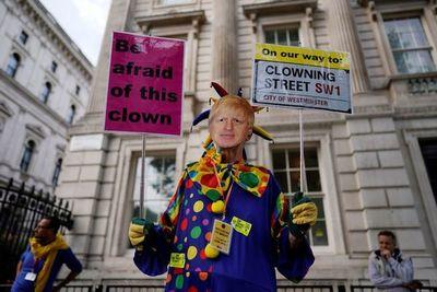 """Partidos británicos ven  """"urgente""""  hallar formas de frenar un  """"brexit""""  abrupto"""