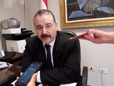 Mario Abdo no demuestra capacidad de imponer a sus ministros, afirma senador