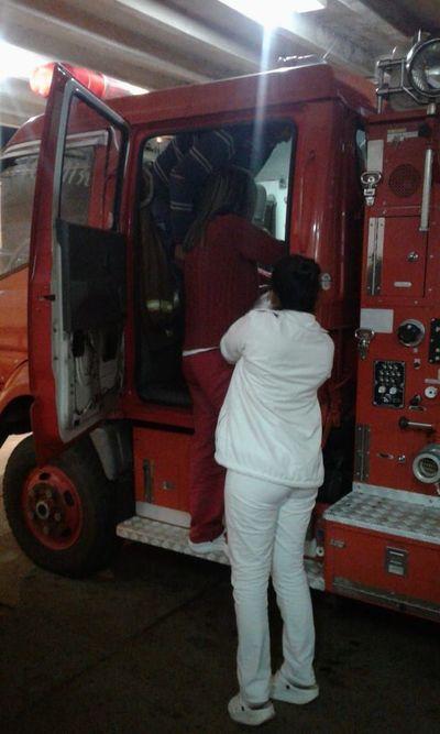 Beba nace en un carro de bomberos de Guayaibí