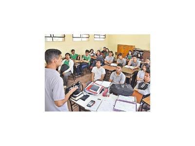 """Alumnos: """"Sin más recursos no mejorará la    educación"""""""