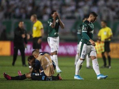 Gremio remonta al Palmeiras y deja sin semifinales a Gustavo Gómez