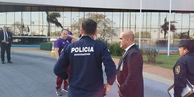 La policia llegó al hotel de River