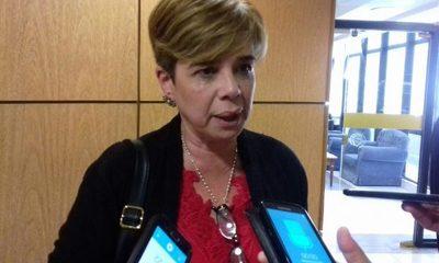 Senadora anuncia revisión de la legislación que regula a los sanatorios privados