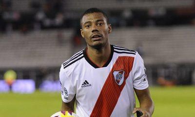 Migraciones desconocía orden de captura contra jugador de River Plate