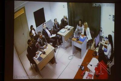 Audiencia continúa en secreto por pedido de defensa de Arrom-Martí-Colmán