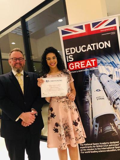 Joven profesional esteña cursará maestría en una universidad del Reino Unido