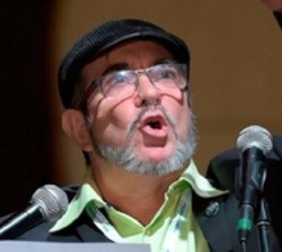 Ex líder guerrillero repudia la violencia y busca la paz en Colombia