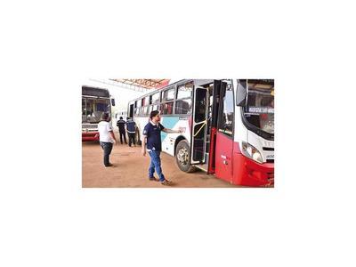 Con transportes  que incumplan       itinerarios   rescindirán contrato