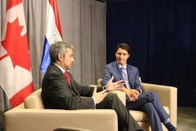 Primer ministro de Canadá y presidente de Paraguay conversan sobre Amazonía