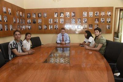 Estudiantes secundarios logran acuerdo para crear mesa técnica de diálogo