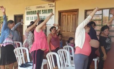 """Gran concurrencia en """"Club de Embarazadas"""" en USF de Pdte. Franco"""
