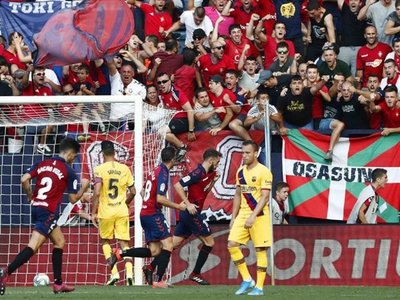 Ansu Fati despierta al Barça, que choca con la tenacidad de Osasuna