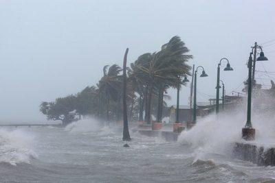 Huracán Dorian azota las Bahamas