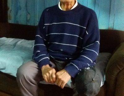 El clan ZI lo había echado después de  34 años, está ciego y clama por su dinero