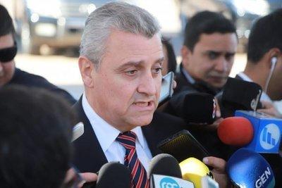 """El mismo grupo (barrabravas) es utilizado por políticos, para invasiones, se puede arrendar violencia"""", dice Villamayor"""