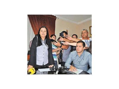 Paredes mirará de lejos  labor del intendente  Prieto de CDE