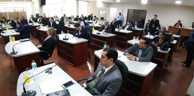 Concejales rastreros se ofenden porque sus colegas piden informes sobre negociados