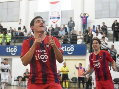 El tuit de Trovato tras el pentacampeonato de Cerro en futsal FIFA