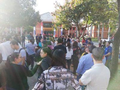 Estudiantes exigen al Ejecutivo destitución inmediata de Benigno López