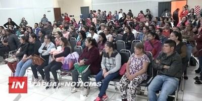 MUVH CAPACITA A FUTUROS POBLADORES DE LA URBANIZACIÓN STO. DOMINGO