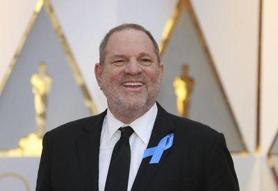 """Se estrena el documental """"Untouchable"""": """"Harvey (Weinstein) es un cerdo"""""""