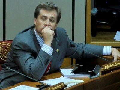 Goli Stroessner se avergüenza del gobierno de Marito