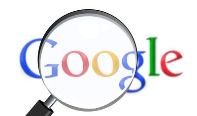 Acusan a Google de dar datos personales de usuarios a anunciantes